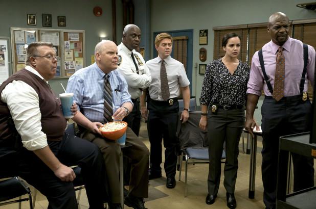 brooklyn-nine-nine-cast-cancelled