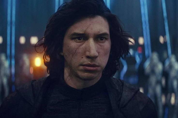 https___hypebeast.com_image_2019_12_star-wars-episode-ix-the-rise-of-skywalker-clip-emperor-palpatine-darth-vader-supreme-leader-snoke-000.jpg